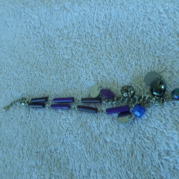 Jewelry - Vintage glass bead bracelet